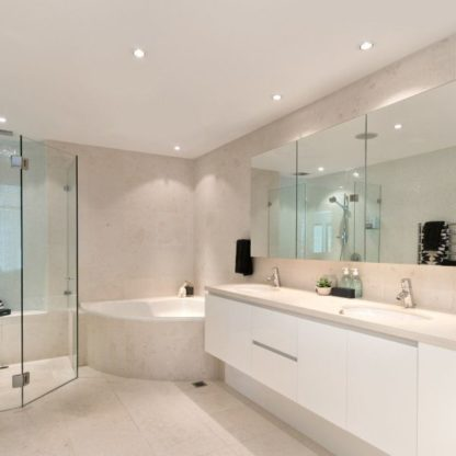 oczka sufitowe do łazienki aranżacja