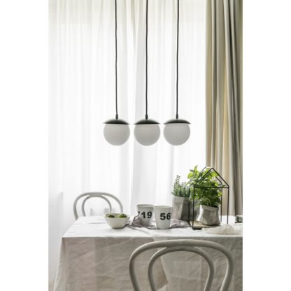 lampa szklane kule nad stół