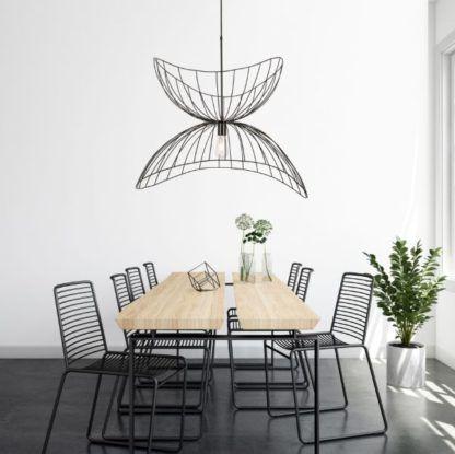 druciana duża lampa wisząca nad stół
