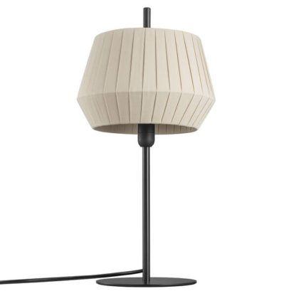 lampa stołowa z plisowanym abażurem do salonu