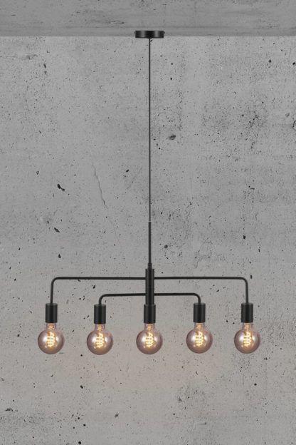 czarna lampa wisząca art deco gołe żarówki