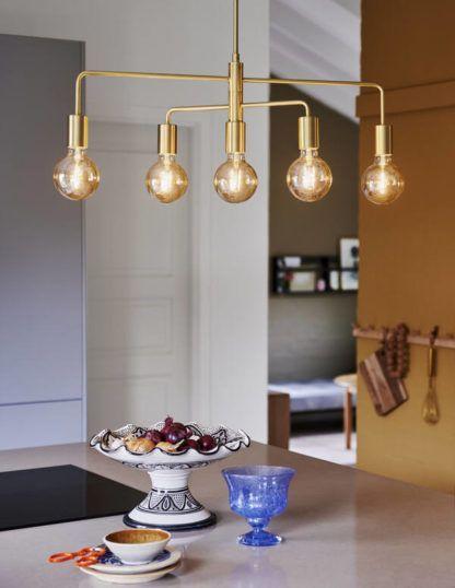 złota lampa wisząca do kuchni