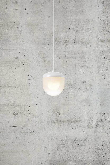 Biała lampa wisząca Magia 18 - szklany klosz