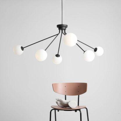 lampa wisząca dużo żarówek nowoczesna