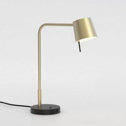złota lampa biurkowa z portem USB