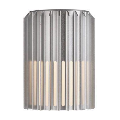 srebrny kinkiet elewacyjny