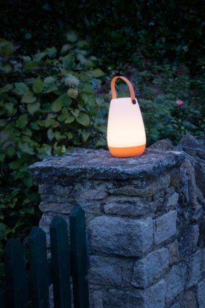 mobilna lampa ogrodowa na baterię