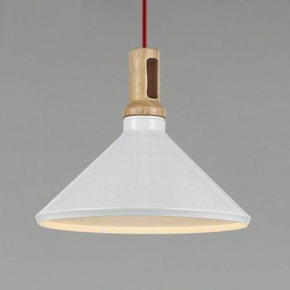 stożkowa biała lampa z drewnianym mocowaniem