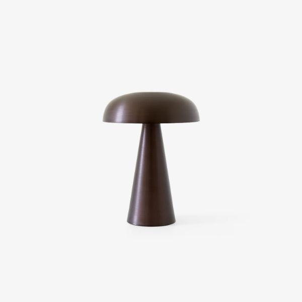 brązowa lampa stołowa grzybek na USB