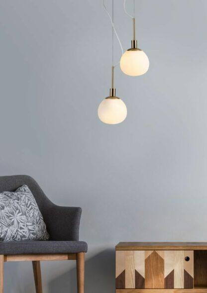 Srebrna lampa wisząca Erich - mleczny klosz