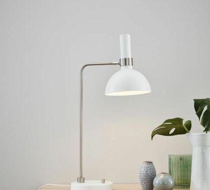 Srebrna lampa stołowa Larry - biały klosz