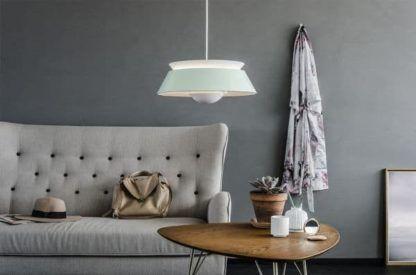 lampa wisząca, pastelowa zieleń - aranżacja skandynawska