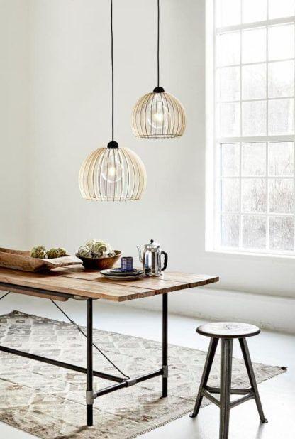 ażurowa lampa wisząca z drewna - aranżacja sypialnia