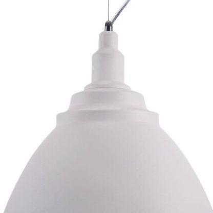 lampa wisząca z dużym, białym kloszem
