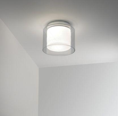 łazienkowa lampa sufitowa z transparentnym kloszem