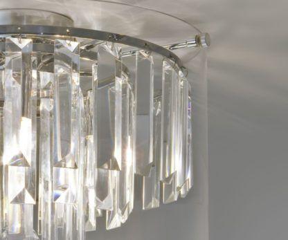 kryształowy plafon odpowiedni do łazienki. Styl nowoczesny i glamour