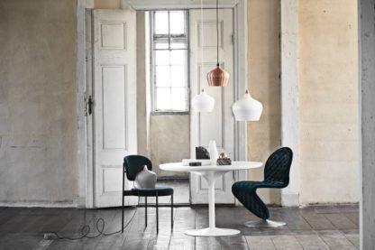 miedziana lampa wisząca, klosz z metalu, styl nowoczesny