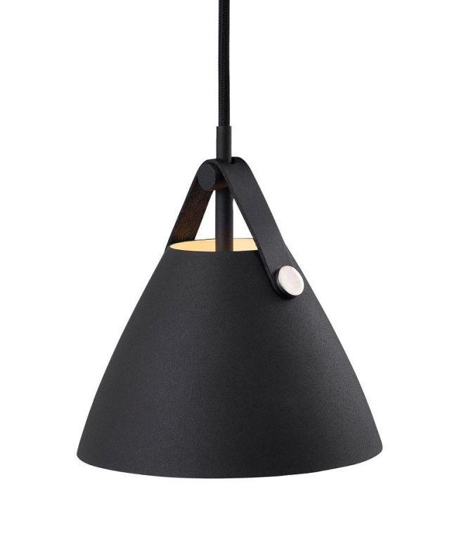 lampa wisząca w stylu nowoczesnym, niewielki klosz w kształcie trójkąta, matowy