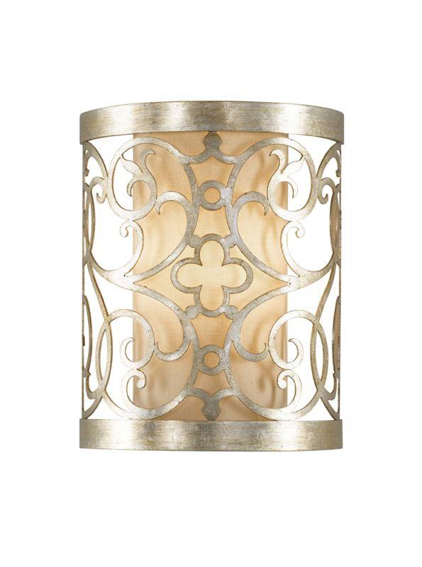 klasyczny kinkiet z metalowym, ażurowym motywem, postarzane srebro