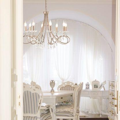 klasyczny żyrandol z dekoracyjnymi kryształami, złoty - aranżacja klasyczna jadalnia