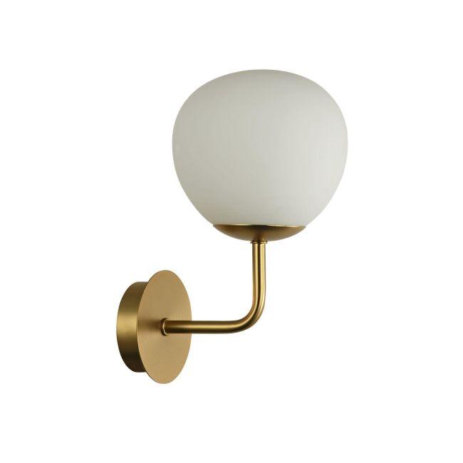 Lampa ścienna w kolorze złotym z białym, kulistym kloszem