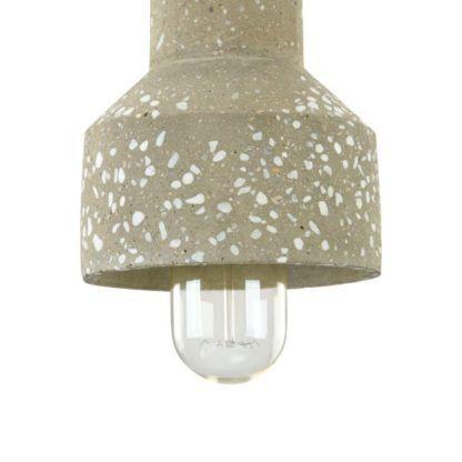 lampa wisząca betonowa szlifowana z kamieniami