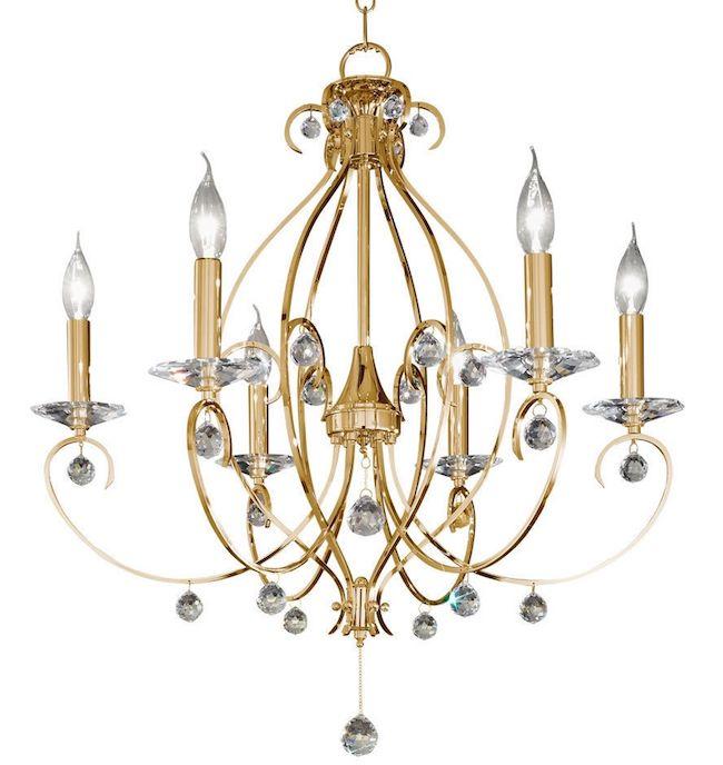 złoty żyrandol w pałacowym stylu ozdobiony dekoracyjnymi kryształami