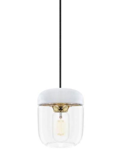szklana lampa wisząca z białymi i złotymi elementami