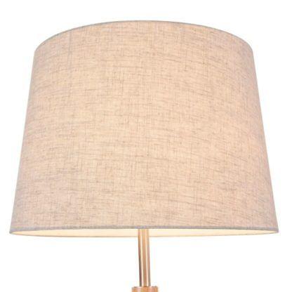 lampa do salonu lub sypialni w stylu skandynawskim w kolorze beżowym