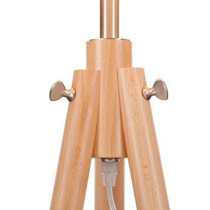 Skandynawski trójnóg w kolorze jasnego drewna ozdobiony w metalowe detale