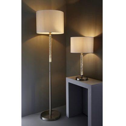 nowoczesna lampa stołowa z funkcją ściemniania i materiałowym jasnym kloszem