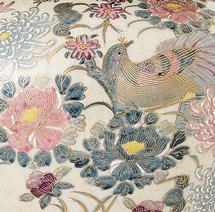 lampa stołowa z porcelany z ręcznie malowanym wzorem