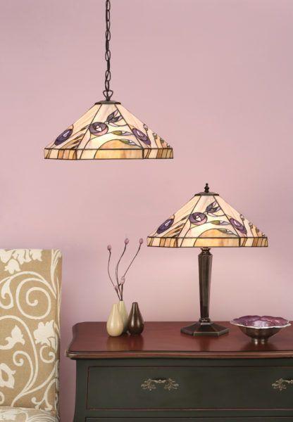 mała lampa stołowa ze szklanym wzorem w róże