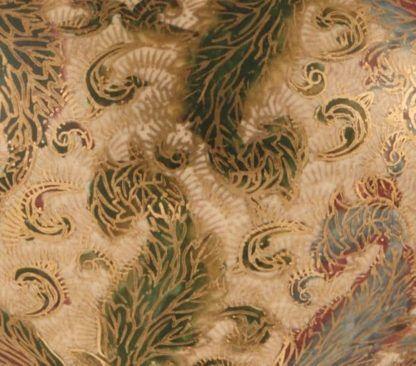 klasyczna lampa stołowa z ręcznie malowana podstawą i złotymi zdobieniami