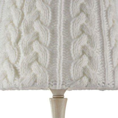 wełniana lampa z abażurem
