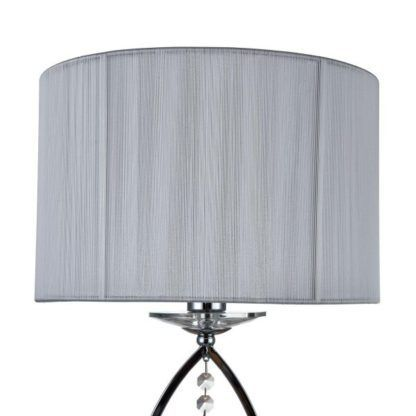 lampa stołowa z kryształkami i abażurem białym