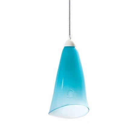 pastelowa lampa z barwionego szkła - aranżacja