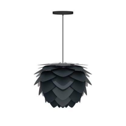 czarna lampa wisząca w stylu nowoczesnym, klosz w kształcie szyszki z pojedynczych płatków
