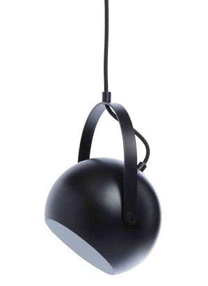 czarna kula, lampa wisząca z uchwytem, kształt reflektora
