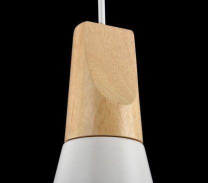 mocowanie lampy drewnianej i szklanej