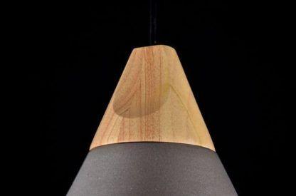 drewniane zwieńczenie lampy - uchwyt