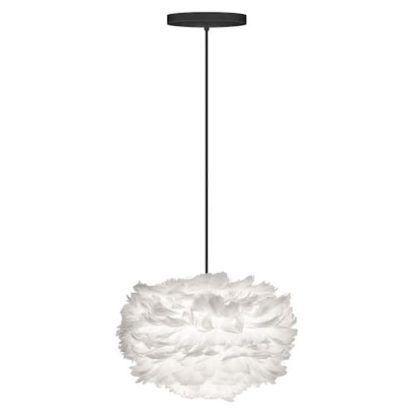 biała lampa z kloszem z piór osadzonych na papierowym rdzeniu