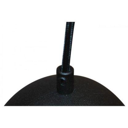 kulista lampa wisząca w kolorze czarnym na cienkim materiałowym sznurze