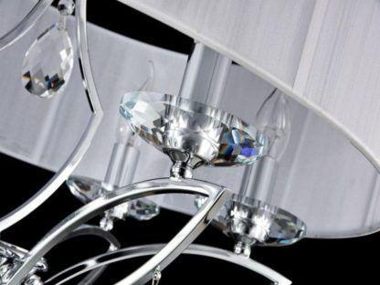 klosz w lampie chromowanej z kryształami