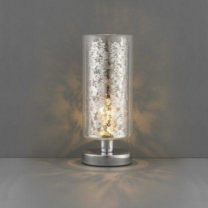 srebrna lampa stołowa w nowoczesnym stylu