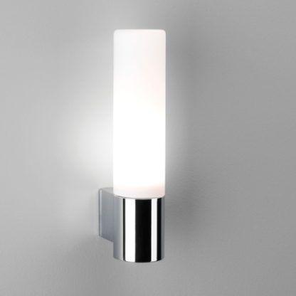 Nowoczesny kinkiet Bari - Astro Lighting - szklany chrom IP44
