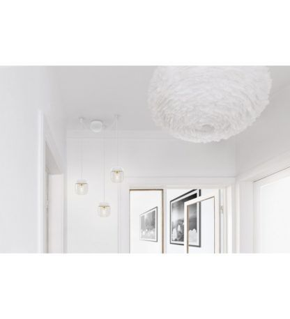 białe nowoczesne zawieszenie na trzy lampy Vita Copenhagen