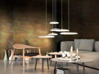 szara lampa z płaskim kloszem w stylu skandynawskim, matowa - aranżacja