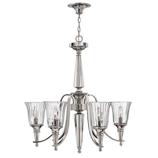 stylowy żyrandol ze srebrną podstawą i kielichami z bezbarwnego szkła -aranżacja salon