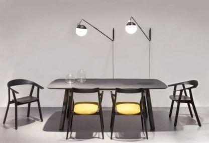 designerska lampa ścienna na długim ramieniu - lampa nad stół - aranżacja